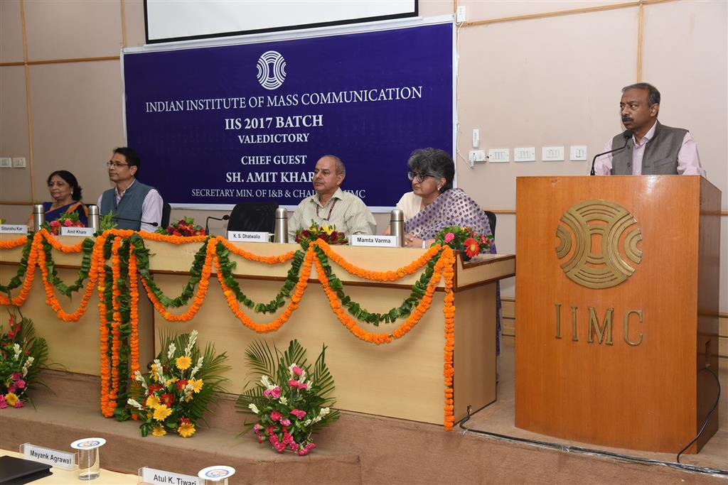 Sh Amit Khare Secretary I B and Chairman IIMC addressed IIS group A officers trainees two thousand seventies batch in their valedictory function today at IIMC
